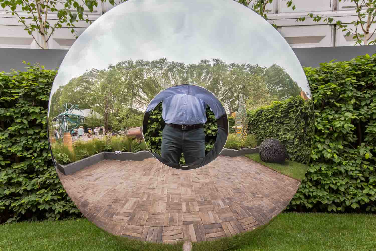 David Harber Sculptor  at Chelsea Flower show 2014